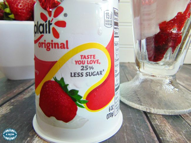 yoplait 25 percent less sugar yogurt Parfait recipe