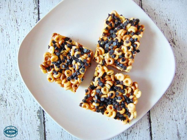 Peanut Butter and Chocolate Cheerios Marshmallow Treat