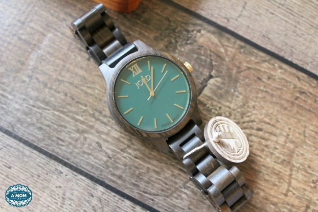 Men's Wooden Watches For Spring JORD FRANKIE Dark Sandalwood & Emerald